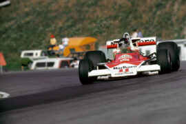James Hunt racing the McLaren M23 at the US GP (1976)