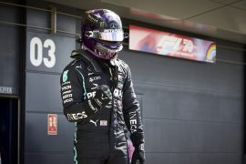 Wolff 'not worried' about Hamilton contract