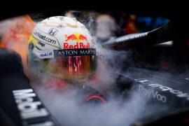 Verstappen dismisses critical F1 'experts'