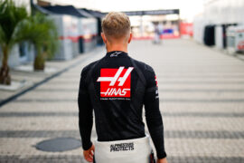 Magnussen: Unlucky to lose place in F1