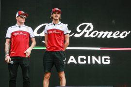 Giovinazzi says Raikkonen still one of the best drivers in F1