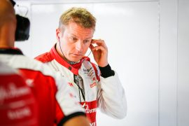 Commentator tips Raikkonen to stay in F1 for another season