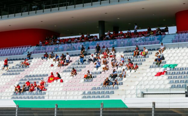 Covid crisis 'becoming more difficult' for F1