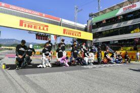 Mercedes denies 'bringing politics into F1'