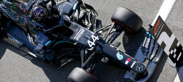 Villeneuve tips Mercedes to keep winning in 2022