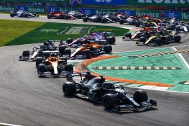 Seidl: F1 should 'artificially slow' Mercedes