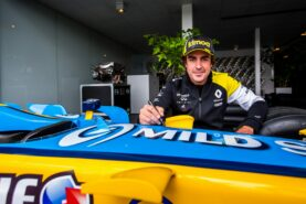 Alonso shown green light for 'young driver' test