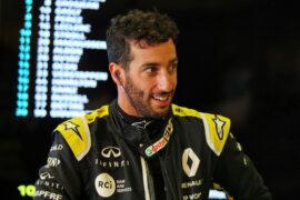 Champions slam Ricciardo over F1 replay criticism