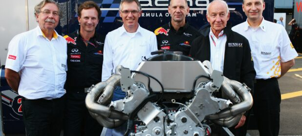 Marko: F1 should hurry up with new engine rules