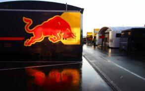 Red Bull sets new deadline for engine decision
