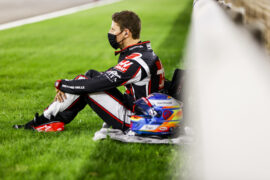 No doctor clearance for Grosjean yet