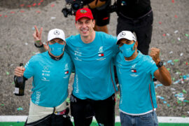 Wolff ends speculation on Mercedes exit for Bottas