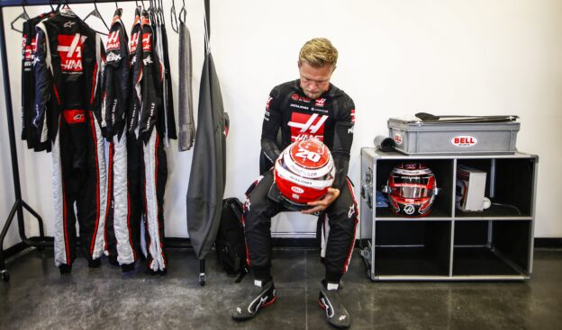 Magnussen to have Indycar race debut this weekend