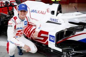 Ecclestone thinks Schumacher has debut at wrong F1 team