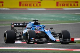 Alonso says 'not being a team player' accusations make him laugh