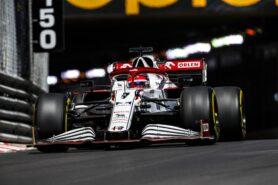 Alfa Team boss not thinking of next year's driver pairing yet