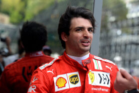 """A day """"OFF"""" in Madrid with Carlos Sainz"""