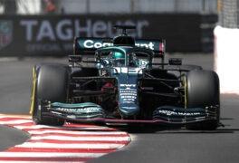 Nico Hülkenberg: Inside an F1 Simulator