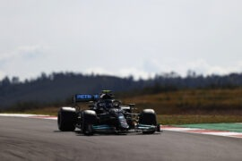Sirotkin thinks Bottas 'lacking confidence' for title fight?