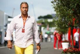 German F1 journalist slams Hamilton & Mercedes team