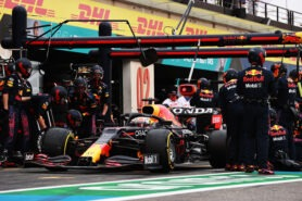 Red Bull thinks Mercedes team pushed for new pitstop clampdown
