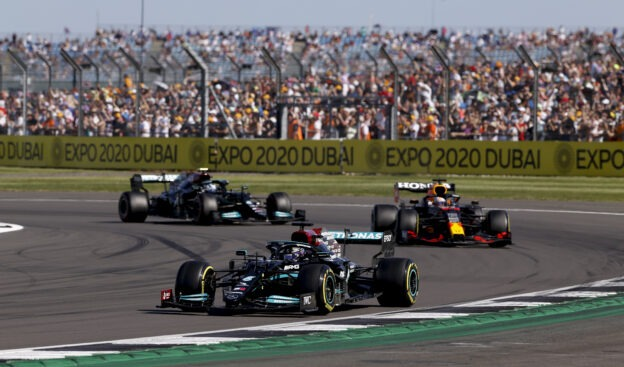 Mercedes team boss back to promoting Red Bull Racing as favourite