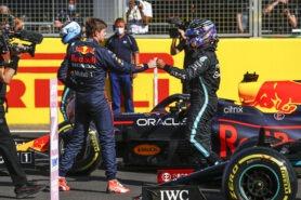 Several F1 media question Hamilton's beauvoir in last GP
