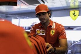 Sainz expects Ferrari can aim for next season's F1 title again