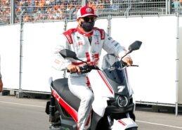Raikkonen shot down 'F1 team advisor' rumours for next year