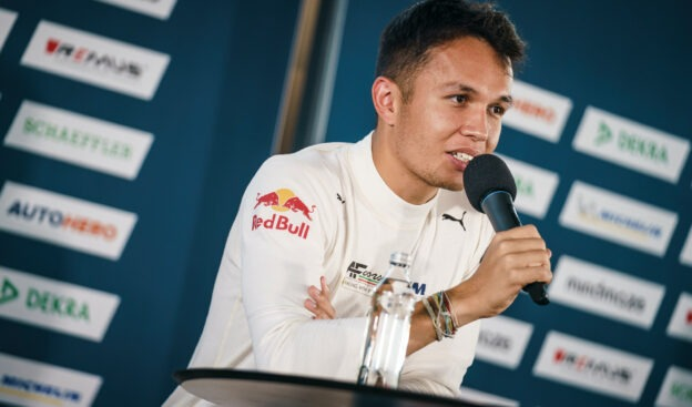 Albon even confirms two options for next year's F1 return