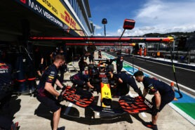 Red Bull had last moment doubts about Verstappen engine change